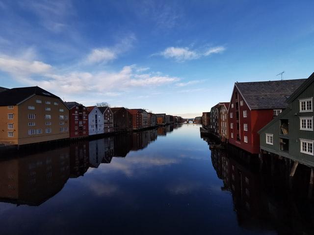 Ung-voksen weekend, Trondheim